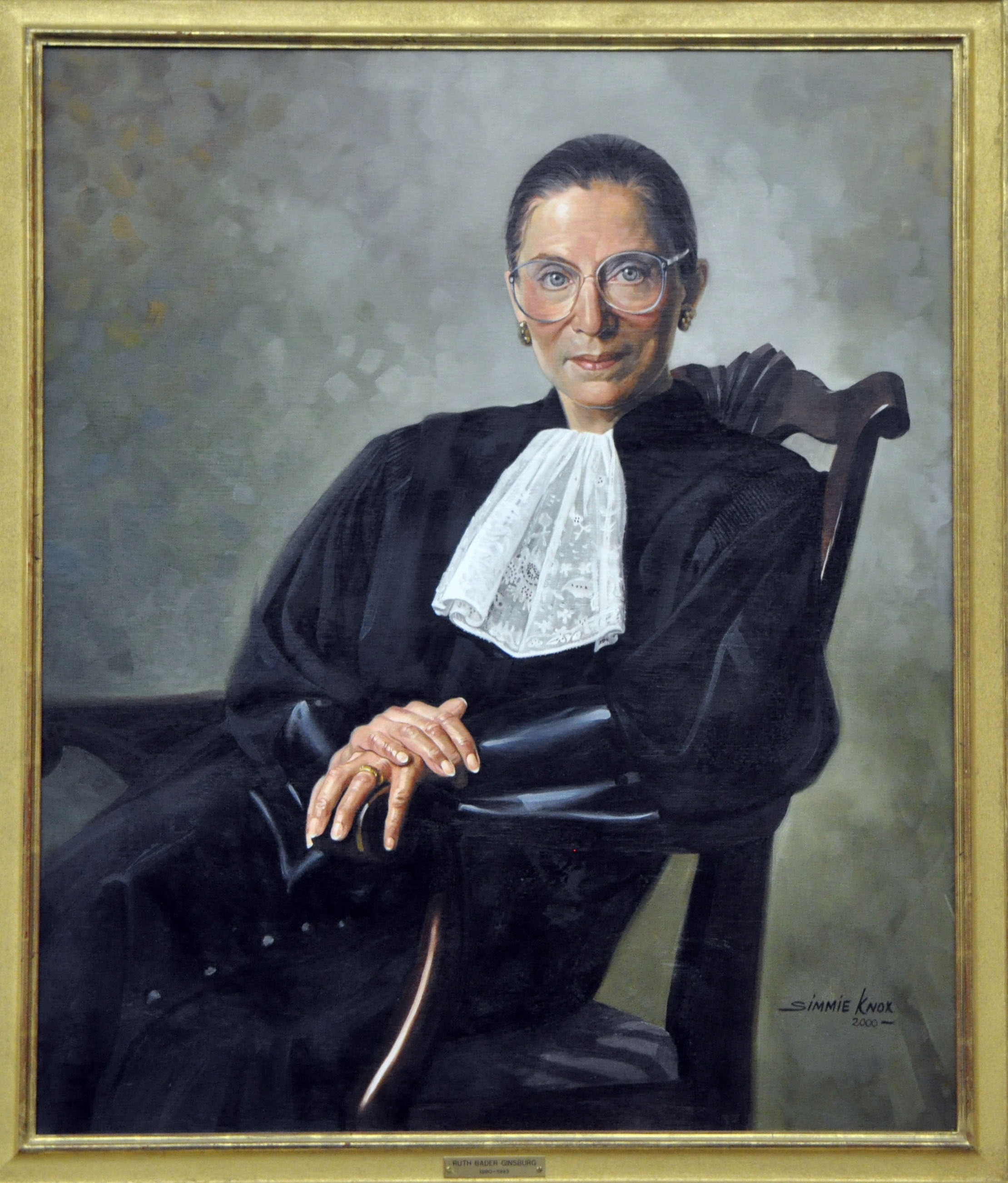 Surgeon Gives Justice Ginsburg 3rd Lung to 'Allow for Epic Bong Rips'