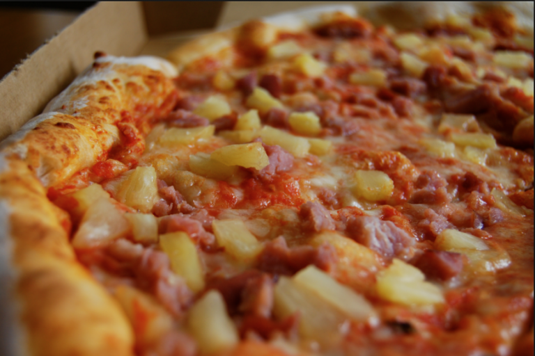 Scientists End Debate: 'Pineapple Belongs on Pizza if You Enjoy Pineapple on Pizza, You Shitheads'