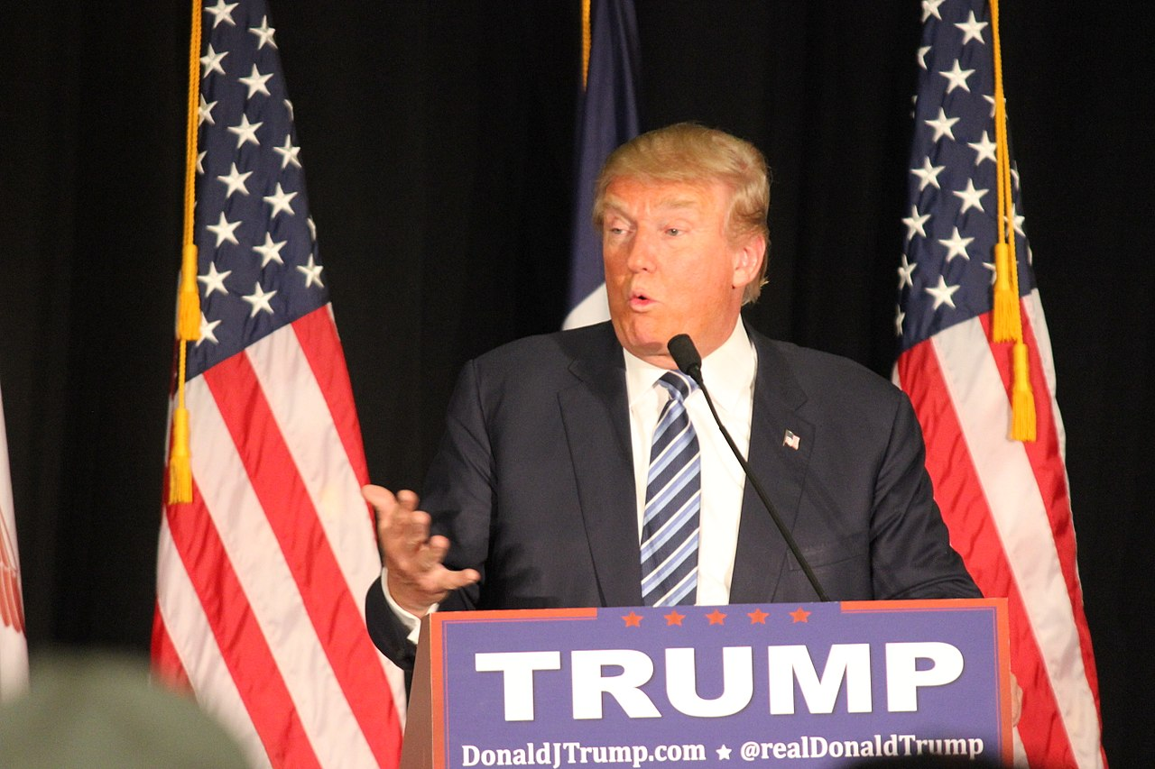 Trump Poops His Pants at Pennsylvania Rally