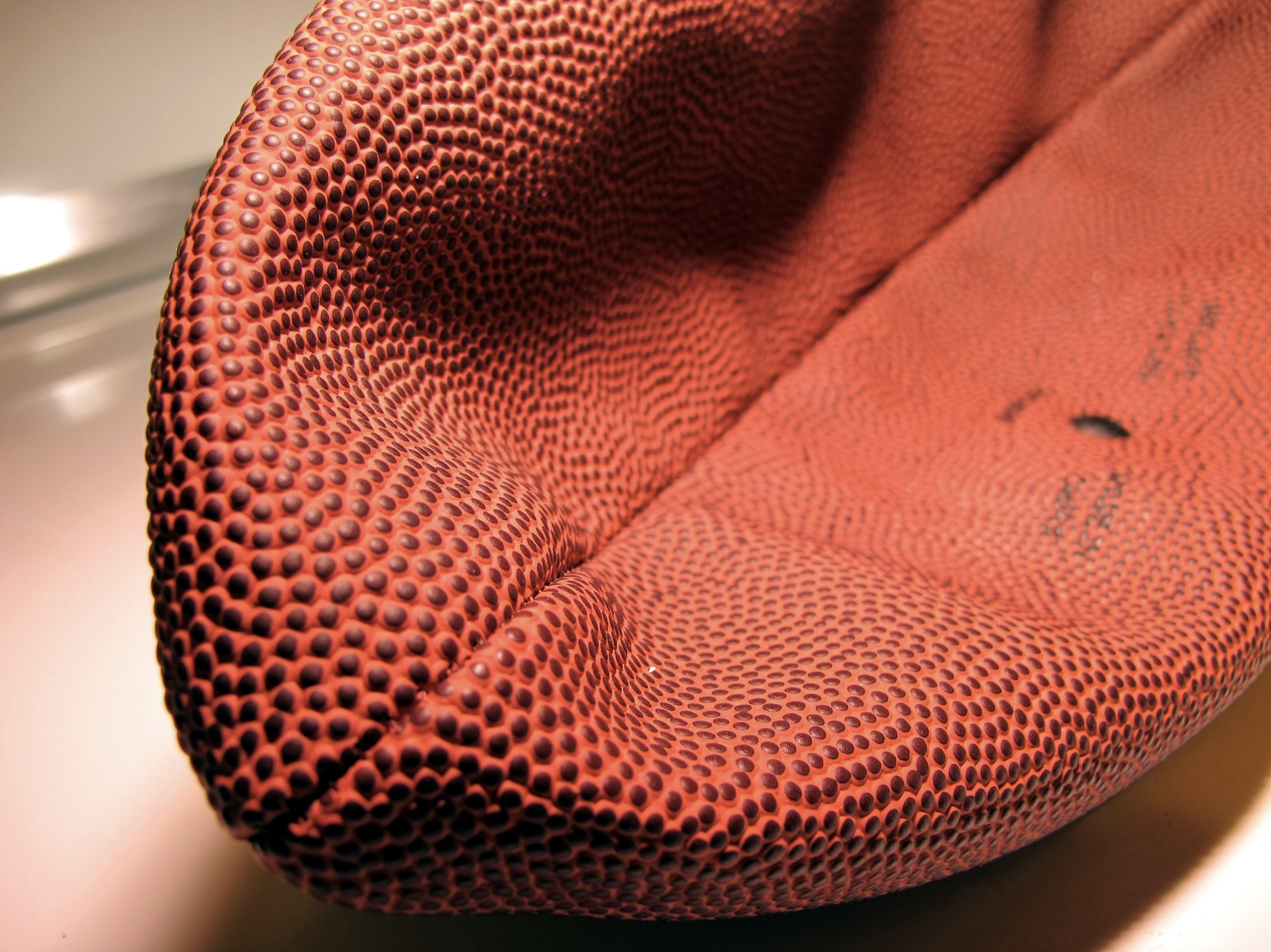 Buccaneers Finish Deflating Footballs in Preparation for Tom Brady's Arrival